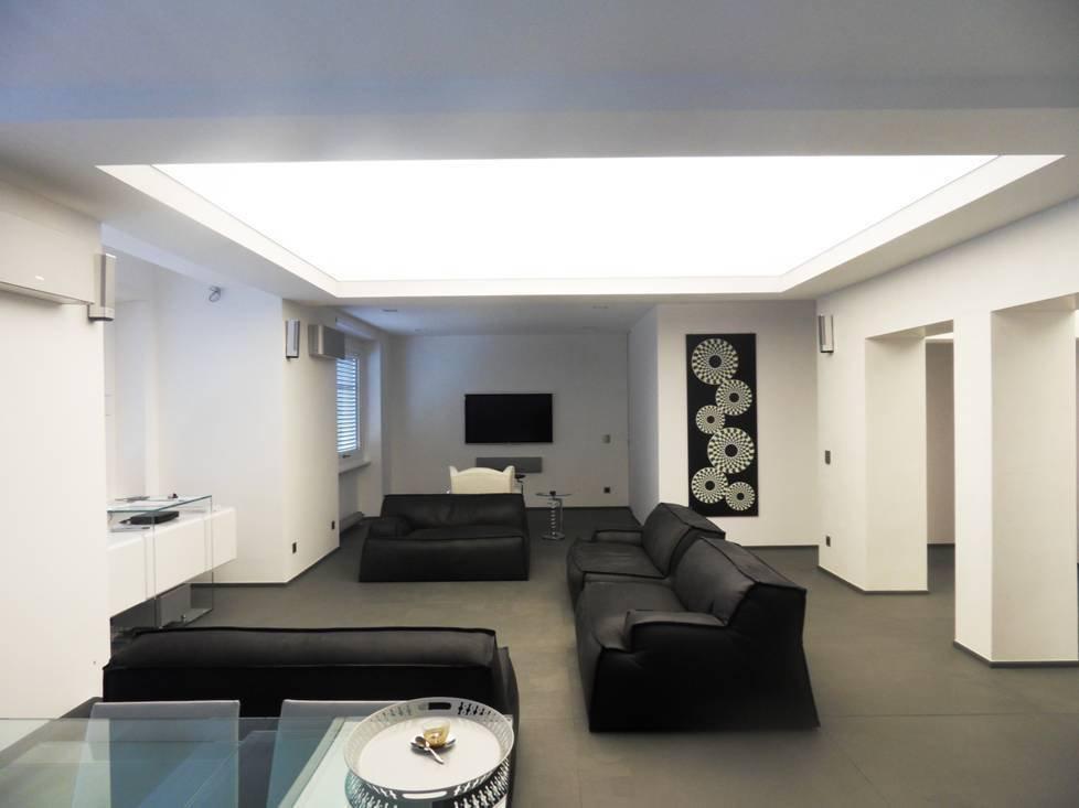 eclairage plafond cuisine led points de lumire dans la. Black Bedroom Furniture Sets. Home Design Ideas